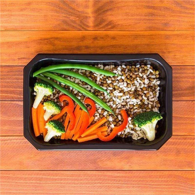 Lentejas con arroz integral y vegetales