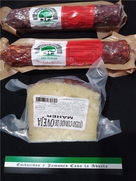 Lote de chorizo, salchichón ibérico y queso de oveja