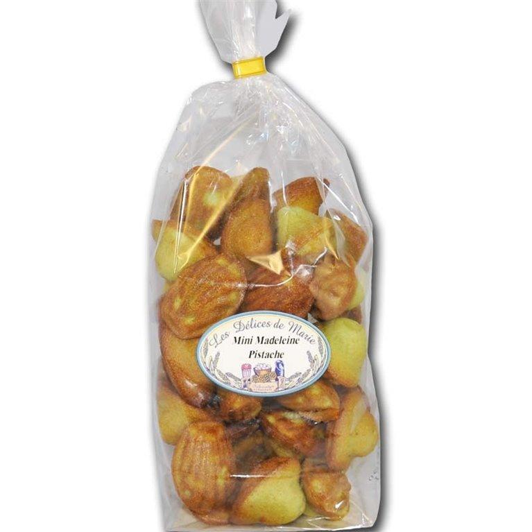 Madeleines with pistachio