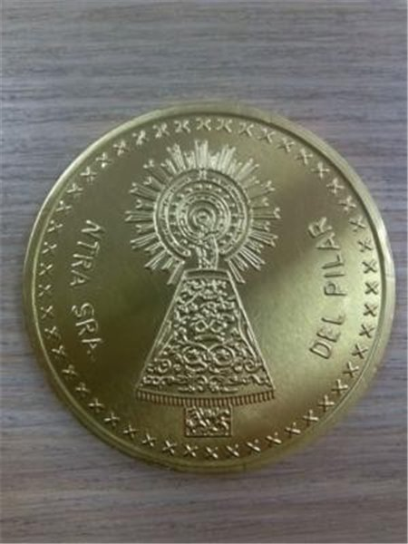 Moneda oro chocolate Pilar