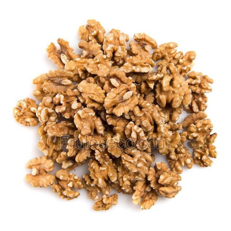 Nueces peladas Chilenas Extra Light  320 gramos (envasado al vacío), 1 ud
