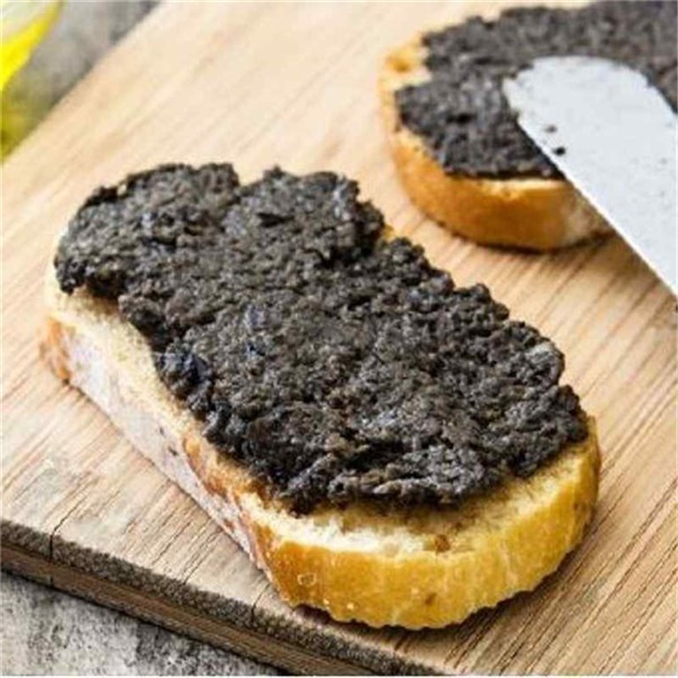 Paté de olivas negras del Bajo Aragón