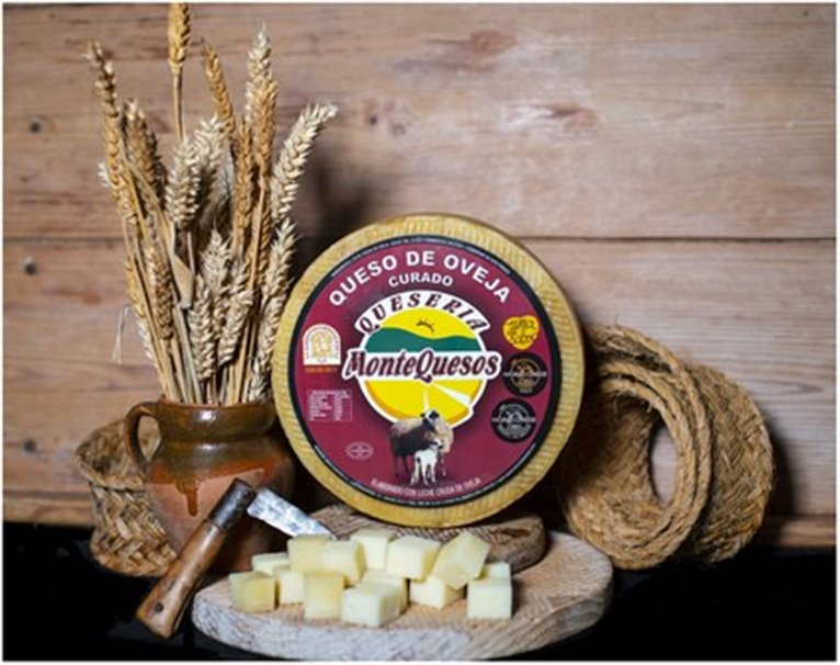 Montequesos Cured Sheep Cheese