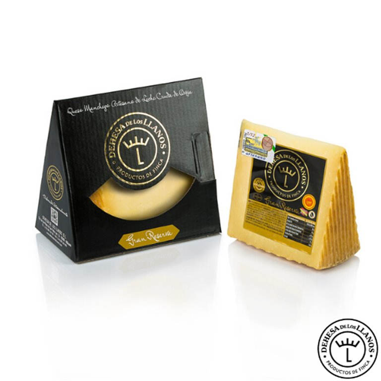 Gran Reserva Cheese Wedge