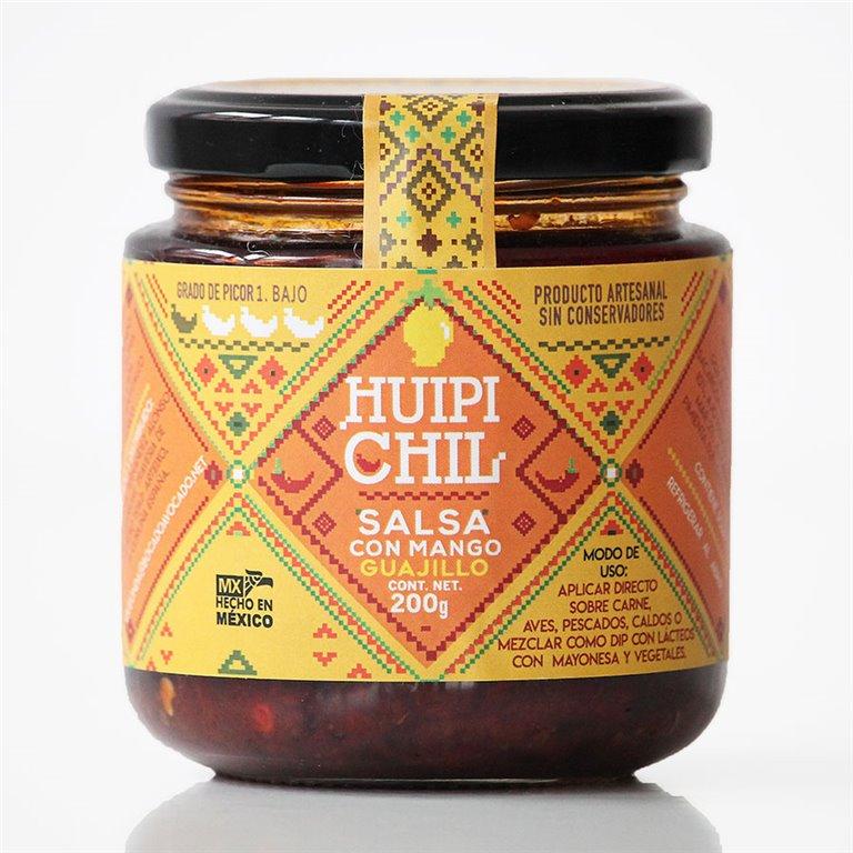 Salsa de mango con chile guajillo