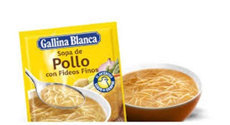 Sopa Gallina Blanca - Pollo con fideos finos