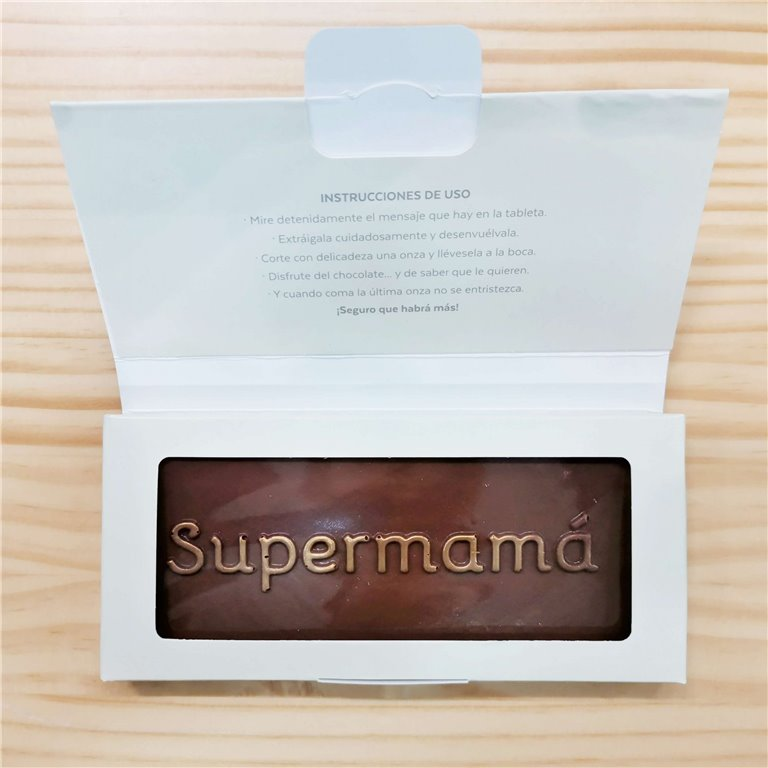 "Tableta de chocolate ""supermamá"""