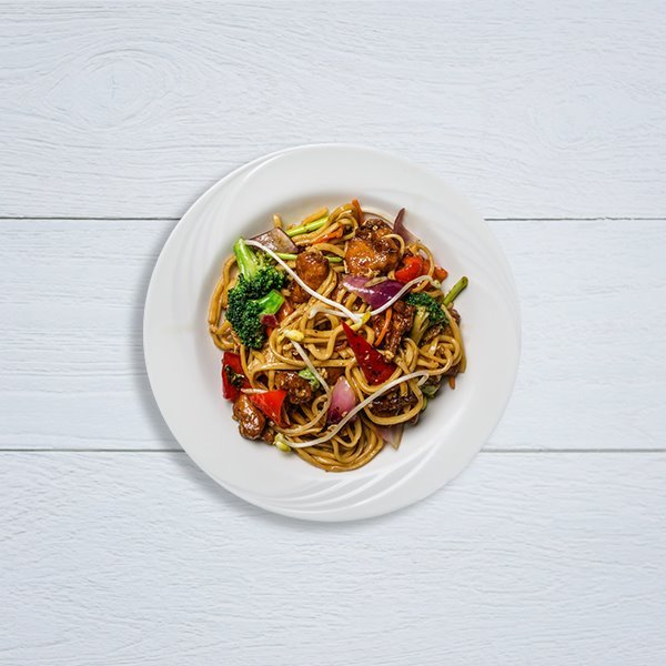 Tallarines con verduras al wok