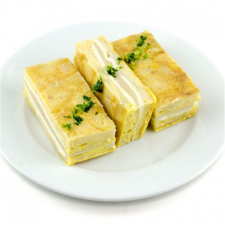 Tortilla rellena de pechuga de pavo y queso