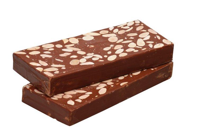 Turrón de Chocolate con Almendras 300g