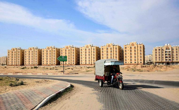 This picture taken on November 20, 2018 shows a view of the new Qatari-built residential units in Khan Yunis in the southern Gaza Strip
