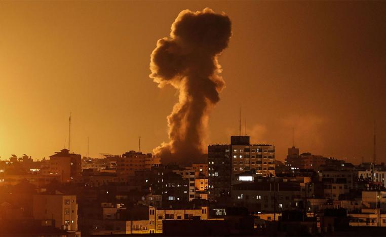 The latest raids follow strikes by the Israeli army on two Hamas posts on Sunday