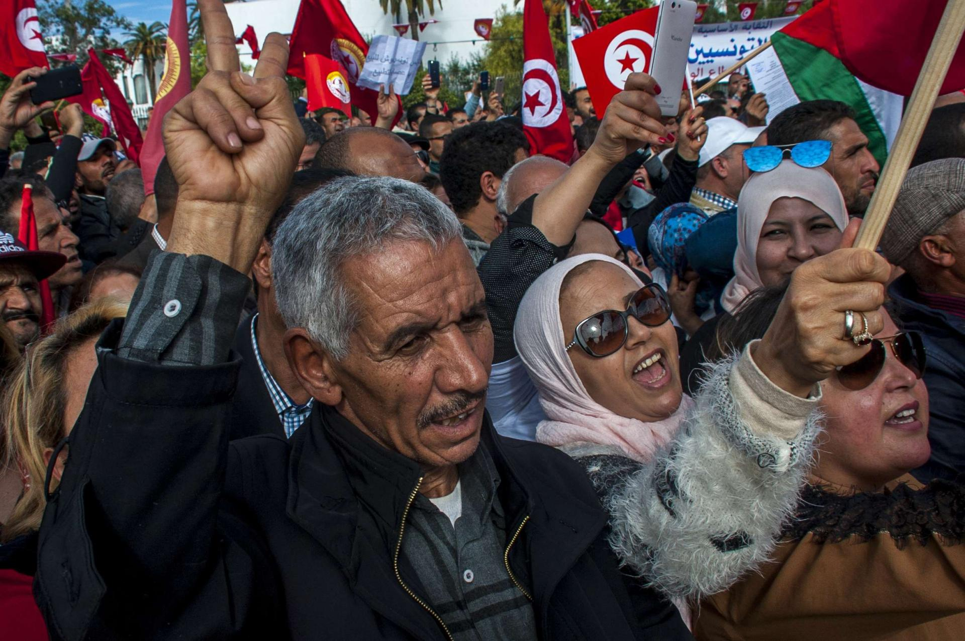 Hundreds of Tunisian public-sector workers demonstrate after failing to reach a wage agreement with the government in Tunis on Nov. 22, 2018.