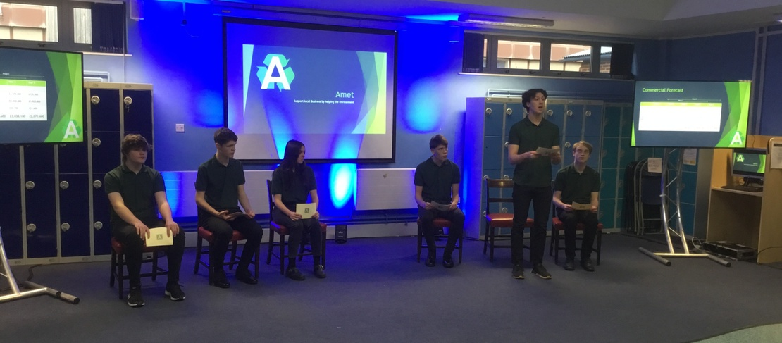 the team from Wallingford school presenting