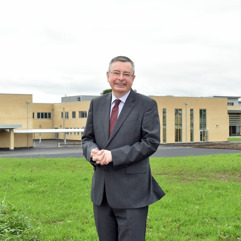 Education: Dr SImon Hyde Leaves a Legacy of Excellence at The King's School in Macclesfield