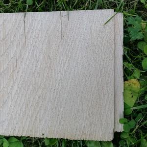Avec le temps, le bois grisonne