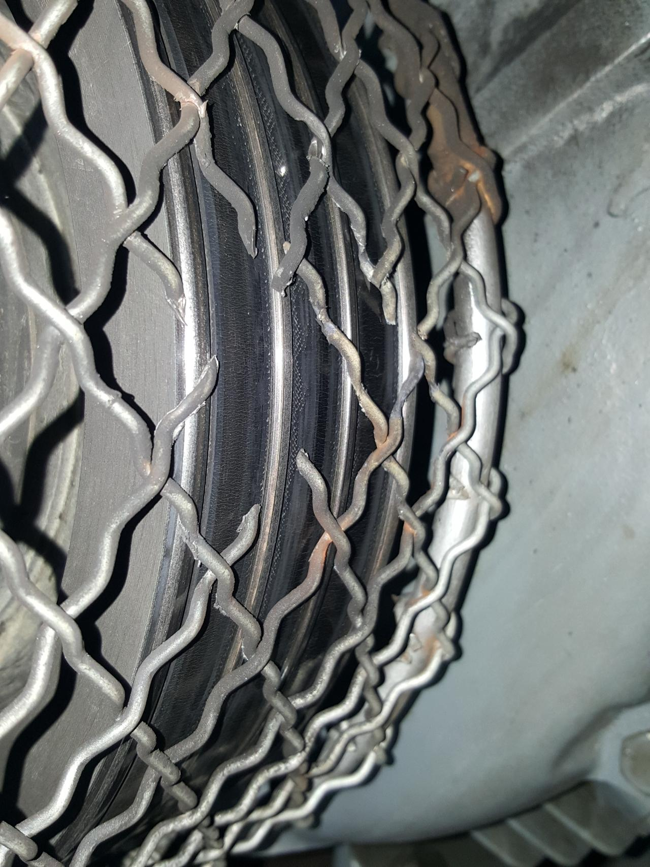 Damaged Fan Belt Cage images