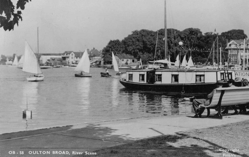 Oulton Broad Post Cards7.jpg