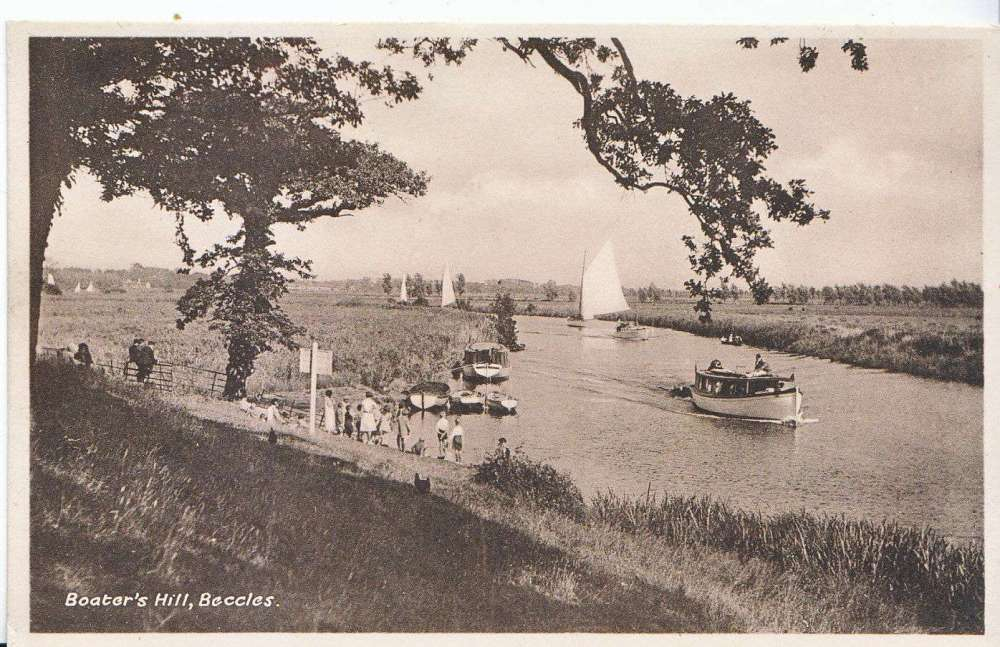 Beccles Boaters Hill.JPG