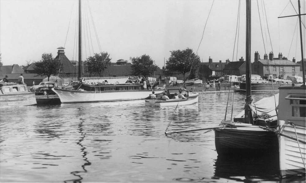 Beccles yacht station & wherry yacht.jpg