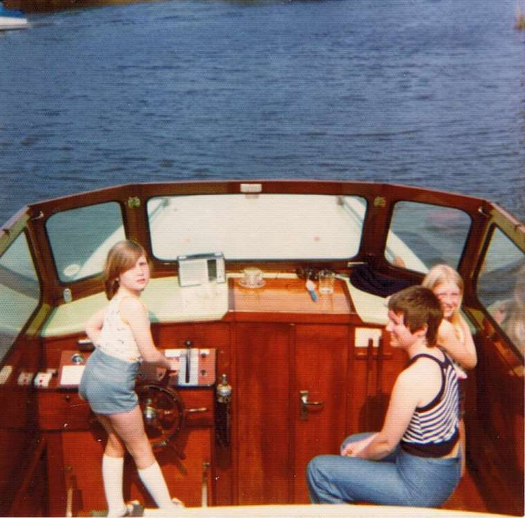 1976 Ferry Pioneer Family.jpeg