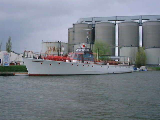 Golden Galleon 1998.jpg