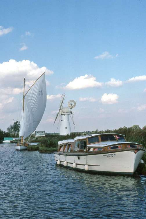 576a Thurne Mill.jpg