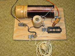 Crystal radio.jpg