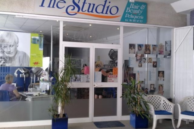 October offer at The Studio Hair & Beauty in Calpe - 10% discount off Perms and Shellac Nails