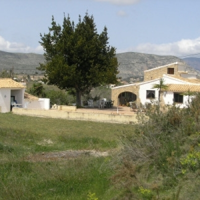 5 bed finca in Teulada
