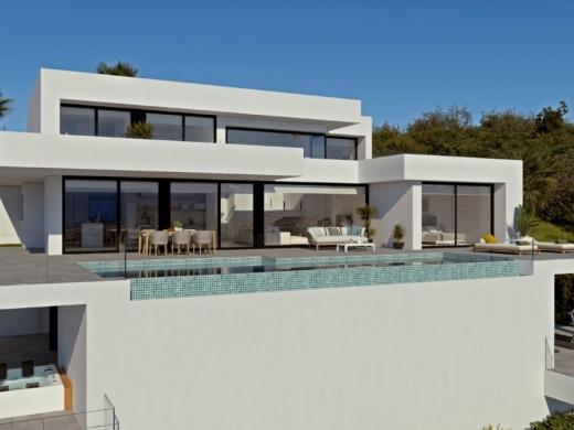 4 bed new build villa in Cumbre Del Sol