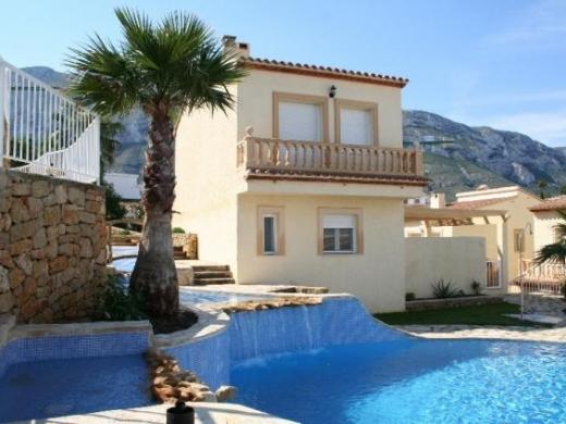 2 bed villa in Denia