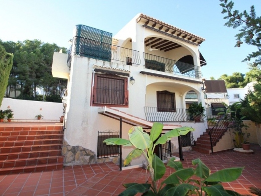 6 bed casa / chalet in Moraira