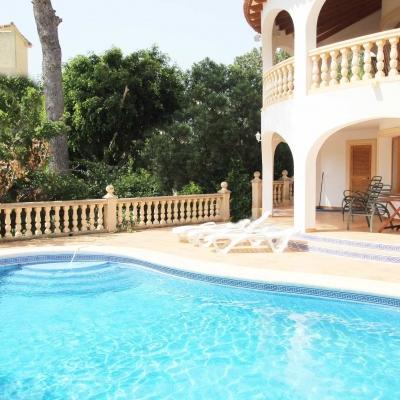 6 bed villa in Moraira