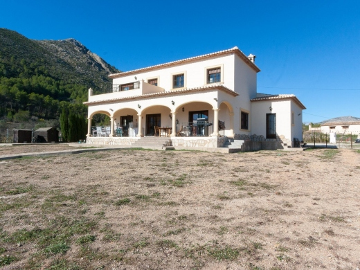 7 bed villa in Jalon