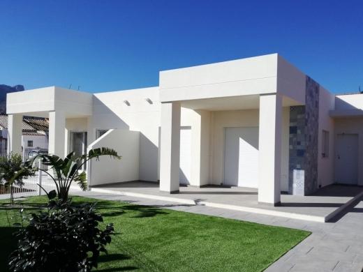 3 bed bungalow / townhouse / adosados in Denia