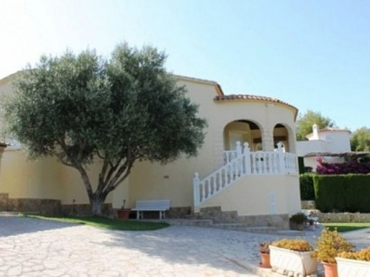 2 bed villa in Denia