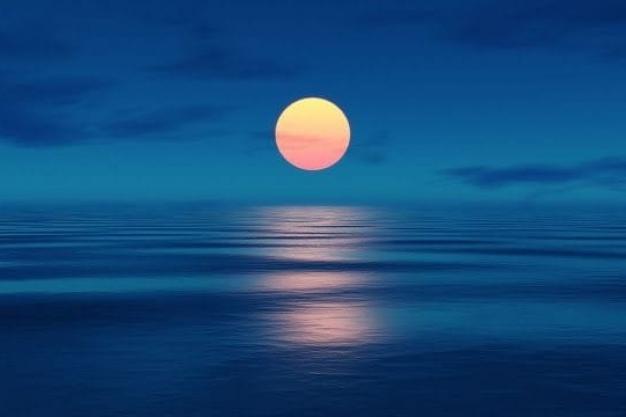 Full Moon Yoga in Javea with Kate Moss