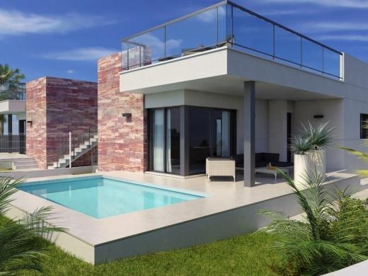 3 bed villas / chalets in Denia