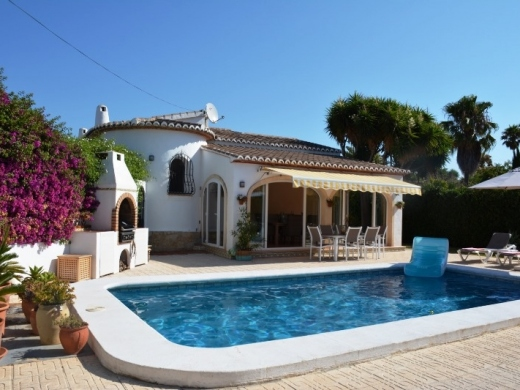 3 bed villas / chalets in Javea