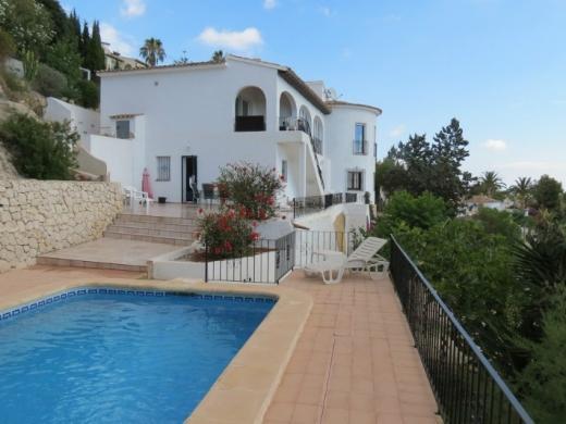 5 bed  villa in Moraira