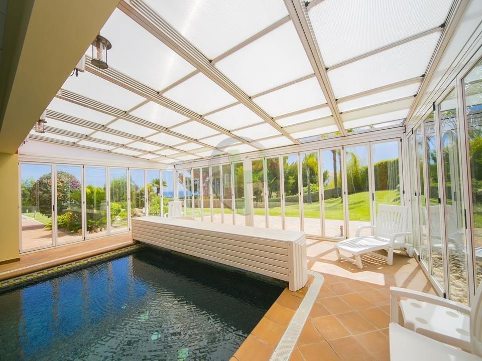 6 bed villa in Altea