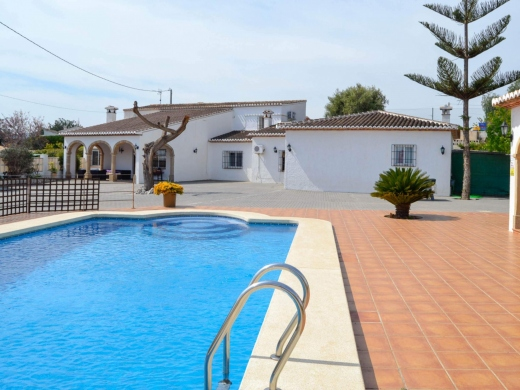 5 bed finca / country house in Javea