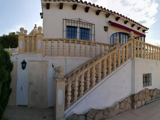 5 bed bungalow in Moraira