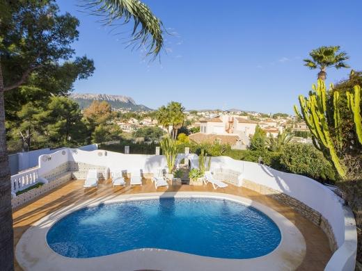 6 bed villa in Calpe