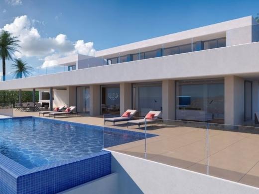 6 bed villa in Benitachell