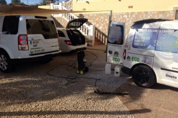 Steam Verde - Car Valeting & Fabric Cleaning