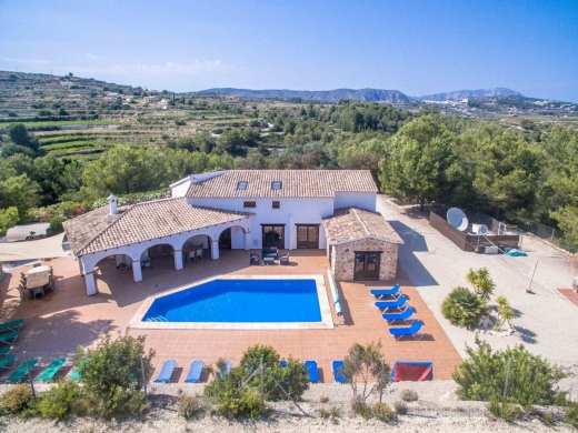 7 bed country house in Moraira