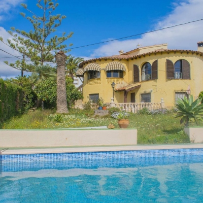 6 bed casa / chalet in Calpe / Calp