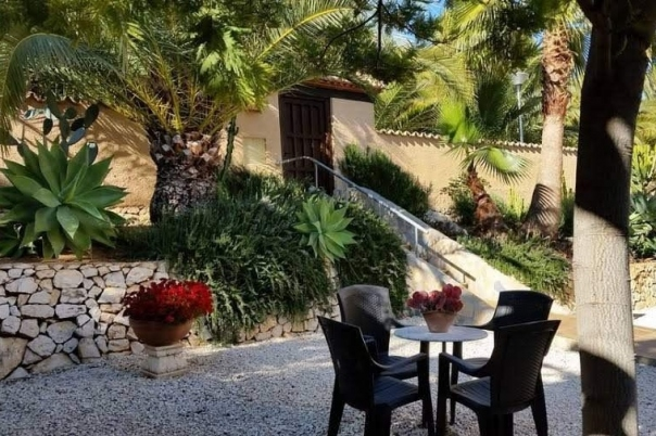 5 bed casa / chalet in Moraira